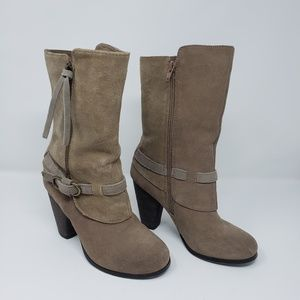Kensie Hunter taupe suede boots